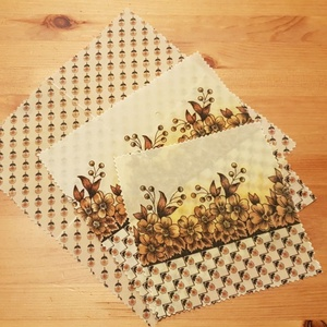"""Méhviaszos kendő:  újratextil csomagoló szett - barna virágos \""""S\"""", NoWaste, Textilek, Textil tároló, Otthon & lakás, Konyhafelszerelés, Mindenmás, Újrahasznosított alapanyagból készült termékek, Újrahasznosított textilből készítettem ezt kisebb méretű méhviaszos csomagoló szettet. \nEzekkel vált..., Meska"""