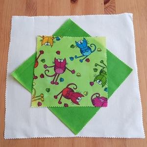 Méhviaszos kendő: újratextil csomagoló szett - Cicás, Szendvics csomagoló, Uzsonna- & Ebéd tartó, Táska & Tok, Mindenmás, Újrahasznosított alapanyagból készült termékek, Újrahasznosított textilből készítettem ezt a méhviaszos kendő csomagoló szettet. Gyerekeknek is ideá..., Meska
