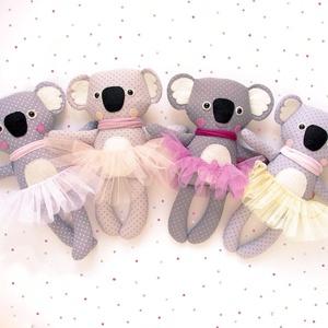 Mici, pettyes koala lány tütüben - szürke, drapp, barackrózsaszín, fehér (miaszoszmuhely) - Meska.hu