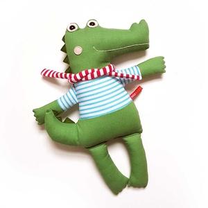 Cukor, krokodil legény, Játék & Gyerek, Plüssállat & Játékfigura, Szörnyike, Varrás, Baba-és bábkészítés, Pamut anyagokból varrtam ezt a jókedvű krokit, saját dizájn alapján.\n\nMinden apró részlet alapos gon..., Meska