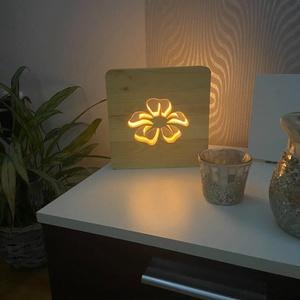 VIrág mintájú fenyő hangulatlámpa, Otthon & Lakás, Lámpa, Hangulatlámpa, Famegmunkálás, Szívvel lélekkel saját kézzel készített virág mintájú fenyő alapanyagú hangulatlámpa tápegységgel és..., Meska