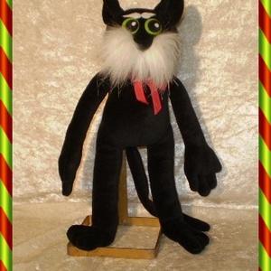 Fekete kitömött macska, Gyerek & játék, Gyerekszoba, Játék, Plüssállat, rongyjáték, Baba-és bábkészítés, Varrás, E kedves puha plüss macska, sok mese alakja lehetne. Szeretni-való kabala állat, gyerekeknek és feln..., Meska
