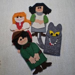 Piroska és a farkas mese ujjbábokkal., Gyerek & játék, Játék, Báb, Baba-és bábkészítés, Varrás, Piroska és a farkas meséje. Az ujjbáb régóta a kis gyermekek kedvelt játéka. E kedves kis figurákkal..., Meska
