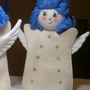 Angyalka, Játék & Gyerek, Bábok, Kesztyűbáb, Baba-és bábkészítés, Varrás, Nemsokára itt a karácsony. Aktuális játék ez az aranyos kézbáb. Sok mesében is megtalálható.\nAnyaga ..., Meska