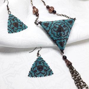Bronz-Türkiz kék 3D háromszög medál, és fülbevaló szett, Ékszer, Ékszerszett, Ékszerkészítés, Gyöngyfűzés, gyöngyhímzés, Ez a látványos 3D ékszer minőségi 11/0 miyuki japán gyöngyből, Peyote technikával készült. \nMedál ma..., Meska