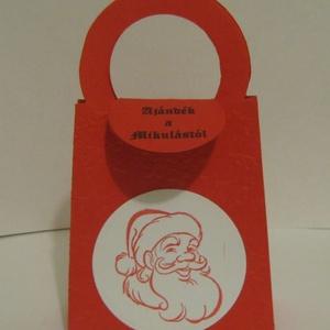Mikulás ajándéka - bélyetgzőmintával,  - céges megrendelésre, rendezvényre - ajándékátadó táska, Naptár, képeslap, album, Otthon & lakás, Ajándékkísérő, Gyerek & játék, Dekoráció, Papírművészet, (Nézz körül eladott termékeim között, sokféle ajándékkísérőt találhatsz a téli ünnepekre.)\n\nAjándéká..., Meska