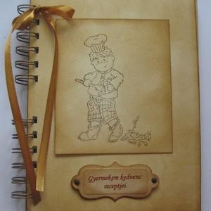 Szakácskönyv - babaételek - gyermekreceptek - régóta őrzött receptek - szakácsfiú - emlék - ajándék, Konyhafelszerelés, Otthon & lakás, Receptfüzet, Naptár, képeslap, album, Papírművészet, A szakácskönyv az egyetlen könyv, amiről elmondhatjuk, hogy boldoggá tette az embereket.\n(Joseph Con..., Meska