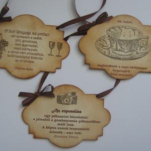 Tábla - felirattal -  családi ünnepekre, céges rendezvényekre, találkozókra, a mindennapokra (Milevi) - Meska.hu