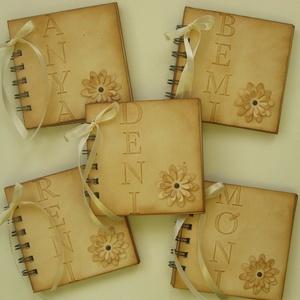 Szülőköszöntő album - esküvőre -lánybúcsúra névvel - emlékmegőrző album - dombormintás betű -  örök emlék - egyedi - esküvő - emlék & ajándék - szülőköszöntő ajándék - Meska.hu