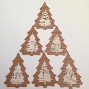 Karácsonyi ajándékkísérő, karácsonyfadísz  - kottás fenyőfával, Karácsonyi, adventi apróságok, Ünnepi dekoráció, Dekoráció, Otthon & lakás, Naptár, képeslap, album, Karácsonyfadísz, Ajándékkísérő, Papírművészet, (A kártyákból már csak 4 db van, a feltüntetett ár is erre vonatkozik.)!!!!!\n\nNézz körül eladott kar..., Meska