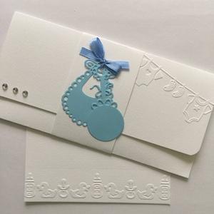 Babaszületés - keresztelő - pénz-, ajándékutalvány átadó boríték -  ajándékátadó kártyával - előke-csörgő, Naptár, képeslap, album, Otthon & lakás, Gyerek & játék, Ajándékkísérő, Papírművészet, Pénzajándékodat, vagy az ajándékra utaló kártyádat helyezheted el ebben a  fehér kartonból készült, ..., Meska