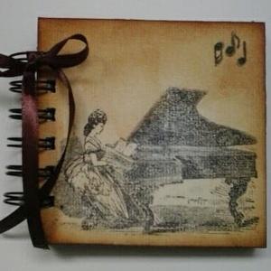 Zenekedvelőknek, zeneiskolásoknak, rendezvény-ajándék - zongora - emlékmegőrzés album , Album & Fotóalbum, Papír írószer, Otthon & Lakás, Papírművészet, Zenekedvelő barátodnak, zene(ének)tanárodnak adhatod ajándékba az albumot, melybe kedves gondolatok ..., Meska