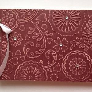 Jókívánságkönyv - vendégkönyv - esküvő - szülőköszöntő album - születésnapi jókívánságok - egyedi termék - emlékmegőrző, Otthon & lakás, Naptár, képeslap, album, Esküvő, Papírművészet, Örök emlék lehet mások kézírása.\n\nEgyedi mintával készült albumom ajánlom  jókívánságkönyvnek (esküv..., Meska