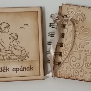 Szülőköszöntő album - hálaalbum - köszönetalbum - emlékalbum - esküvő - anya-apaajándék -  emlékajövőnek - egyedi termék - esküvő - emlék & ajándék - szülőköszöntő ajándék - Meska.hu