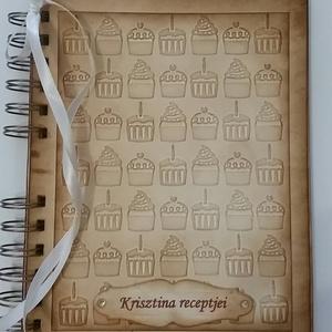 Imádom a muffint - Receptkönyv - különleges, egyedi fényképes receptjeidhez  - muffin dombormintával -lánybúcsú - emlék - Meska.hu