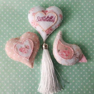 Rózsaszín - beige romantikus  filc díszek  ., Otthon & Lakás, Dekoráció, Függődísz, Varrás, Meska