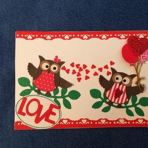 Szerelmes képeslap,  bagoly, Valentin nap, szerelem, szív, Naptár, képeslap, album, Otthon & lakás, Egyéb, Képeslap, levélpapír, Szerelmeseknek, Ünnepi dekoráció, Dekoráció, Papírművészet, Lyukasztásos technikával készült szerelmes baglyokat ábrázoló lap. Mérete 15 cm X 10,5 cm.\nBorítékka..., Meska