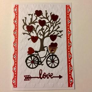 Szerelmes képeslap 10. szív, bicikli, fa, Képeslap & Levélpapír, Papír írószer, Otthon & Lakás, Mindenmás, Papírművészet, Scrapbook és punchart technikával készült kinyitható üdvözlőlap szerelmeseknek. Becsukva 10,5 cm X 1..., Meska