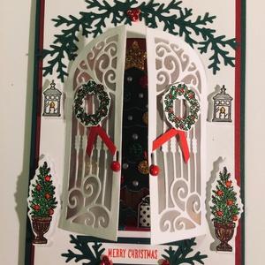 Karácsonyi képeslap, ajtó,bejárat, Karácsony, Advent, , Karácsonyi, adventi apróságok, Ünnepi dekoráció, Dekoráció, Otthon & lakás, Ajándékkísérő, Naptár, képeslap, album, Képeslap, levélpapír, Papírművészet, Karácsonyi feldíszített bejáratot ábrázol ez a képeslapom, ahonnan be lehet lesni a feldíszített kar..., Meska