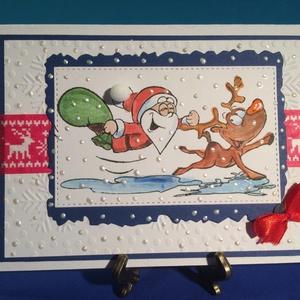 Humoros Karácsonyi képeslap, Mikulás, Télapó, Advent, Rudolf, szarvas, ajándékkísérő, pénzátadó, Karácsonyi képeslap, Karácsony & Mikulás, Papírművészet, Vegyes technikákat alkalmaztam, e lap elkészítésénél: kivágás, domborítás, ragasztás. 10,5cmx15cm. B..., Meska