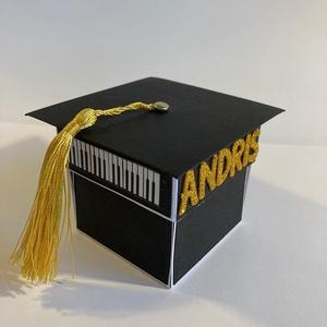 VARÁZSDOBOZ BALLAGÓKNAK, ballagás, diplomaosztó, záróvizsga, nyelvvizsga, Díszdoboz, Dekoráció, Otthon & Lakás, Papírművészet, Diplomaosztóra, ballagásra, iskola befejezésére szánom ezt a varázsdobozt. A kalapját levéve azonnal..., Meska