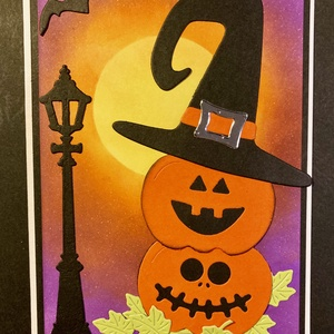Halloween töklámpás képeslap, tök, denevér, hold, lámpa, Otthon & Lakás, Papír írószer, Képeslap & Levélpapír, Papírművészet, Halloweent köszöntő töklámpásokat ábrázoló képeslapom mérete 10,5cmx15cm. Formalyukasztással és tint..., Meska