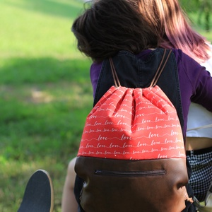 fesztivál táska - hátizsák - piros feliratos, Hátizsák, Hátizsák, Táska & Tok, Varrás, Textilbőrből és kiváló minőségű designer pamutvászonból készült egyedi, kisszériás hátizsák, fesztiv..., Meska