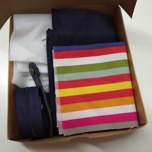 pénztárca készítő DIY csomag, DIY (Csináld magad), Egységcsomag, Varrás, Praktikus mosható textil pénztárcát készíthetsz magadnak a csomag tartalmából. A pénztárcában tárolh..., Meska