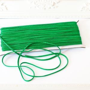 Sujtás zsinór ZÖLD, 30m tekercs, Textil, ZÖLD színű sujtás zsinór, kb. 3 mm széles, bő 30m hosszú tekercs. Nagyon finom, puha, selymes tapint..., Meska