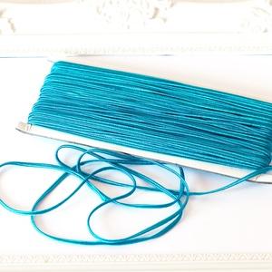 Sujtás zsinór TÜRKIZKÉK, 30m tekercs, Textil, TÜRKIZKÉK színű (aquamarin) sujtás zsinór, kb. 3 mm széles, bő 30m hosszú tekercs. Nagyon finom, puh..., Meska