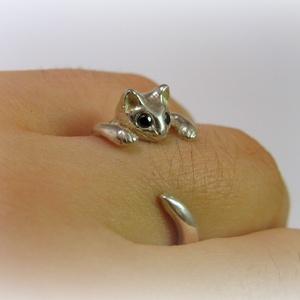 Ezüst cicás gyűrű fekete szemekkel (minicsiga) - Meska.hu