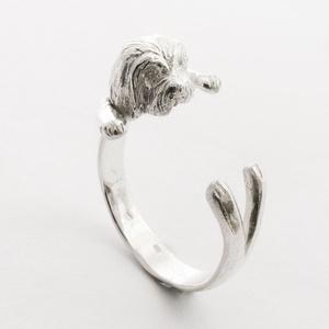 Ezüst Havanese gyűrű, Ékszer, Gyűrű, Képzőművészet, Otthon & lakás, Egyéb, Fémmegmunkálás, Ötvös, Viaszból mintázott, utána 925-ös ezüstből kiöntött gyűrű\nBármilyen méretre beállítható!\n\nFotót alapj..., Meska
