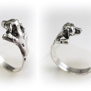 Ezüst/14K-os arany dalmata gyűrű, Ékszer, Gyűrű, Képzőművészet, Otthon & lakás, Szobor, Ékszerkészítés, Ötvös, Egyedileg, kézzel viaszból mintázott, utána ezüstből kiöntött gyűrű\n\nMérete állítható! Körülbelül 58..., Meska