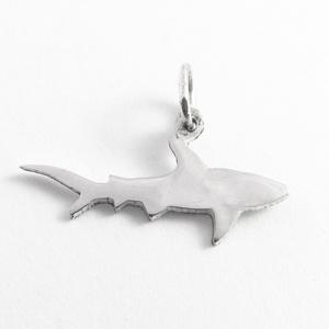 Ezüst cápa medál - Minicsiga állatkertje (minicsiga) - Meska.hu