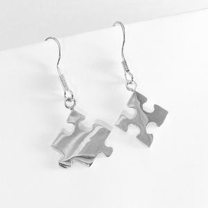 Puzzle, kirakó fülbevaló, Lógós fülbevaló, Fülbevaló, Ékszer, Ékszerkészítés, Ötvös, Nagyon szeretek kirakózni, így készítettem pár puzzle ékszert 925-ös ezüstből. \nA boltomban megtalál..., Meska