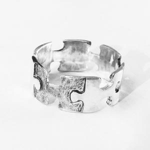 Puzzle, kirakó széles gyűrű, Figurális gyűrű, Gyűrű, Ékszer, Ékszerkészítés, Ötvös, Kirakó gyűrű akár férfiaknak is ;)\n\nNagyon szeretek kirakózni, így készítettem pár puzzle ékszert 92..., Meska
