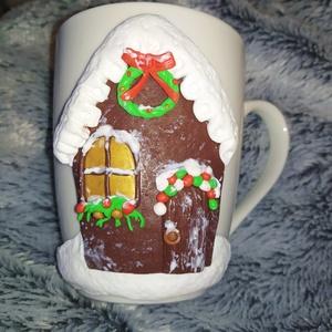 Havas házikó bögre, Karácsony, Otthon & lakás, Konyhafelszerelés, Bögre, csésze, Esküvő, Gyurma, Süthető gyurmával dekorált bögre.\n  A bögre kb 2,5 dl-s.\n\nMás színben is kérhető.\n\nMosogatógépbe nem..., Meska