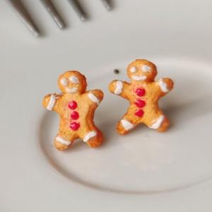 MininiLand mézeskalács ember fülbevaló, Ékszer, Fülbevaló, Pötty fülbevaló, Ékszerkészítés, Gyurma, Ez a Mézeskalács ember fülbevaló tökéletes karácsonyi ajándék lehet valakinek, aki szereti az ünnepe..., Meska
