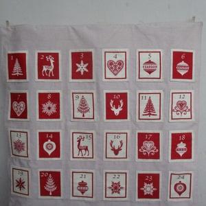 Adventi naptár (nagyobb), Otthon & Lakás, Karácsony & Mikulás, Adventi naptár, Varrás, Skandináv stílusú adventi naptár bézs-piros színekben. \nAz alap mérete 65x65 cm, a zsebek 8x10 cm-es..., Meska