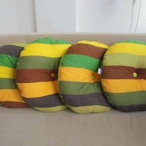 Kerek ülőpárnák őszi színekben, Párna & Párnahuzat, Lakástextil, Otthon & Lakás, Varrás, Őszi színű textilek találkozásából született ez a 40cm átmérőjű, 4 cm vastag kerek ülőpárna. Puha va..., Meska
