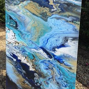 Gold\'Blue fluid art akril festmény, Művészet, Festmény, Akril, Festészet, Kék-arany-fekete-fehér színekben pompázó, a háborgó tengert megtestesítő fluid art akril festmény, i..., Meska