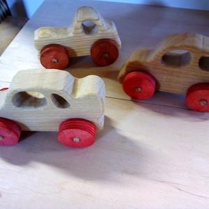 autó, Dekoráció, Otthon & lakás, Játék, Gyerek & játék, Fajáték, Készségfejlesztő játék, Famegmunkálás, Festett tárgyak,  fából készült tündéri kis autók,\nBioolajjal van színezve. Gondossággal készült a gyermekek   örömér..., Meska