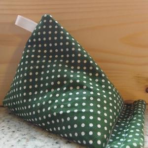 Zöld pöttyös telefon tartó párnácska, Táska & Tok, Laptop & Tablettartó, Varrás, A telefon tartó párnácskáim célszerű megoldást nyújthatnak, ha nincs hova letenni a telefont, és egy..., Meska