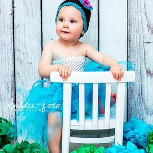 Barna sapi kékkel és rózsaszínnel, Gyerek & játék, Baba-mama kellék, Táska, Divat & Szépség, Sál, sapka, kesztyű, Ruha, divat, Horgolás, Sötétbarna fonalból készítettem ezt a sapkát egy tüneményes kislánynak fotózáshoz. Kitűnő hasznát le..., Meska