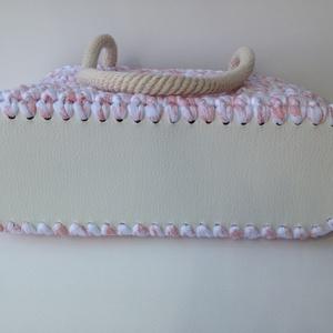 Horgolt táska fehér-rózsa pólófonalból (missbkiss) - Meska.hu