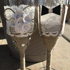 Esküvői pezsgős pohár , Esküvő, Esküvői dekoráció, Nászajándék, Gyurma, Egyedi pezsgős pohárból ihat az ifjú pár a nagy napon,akár ajándékba vagy csak maguknak is kedves m..., Meska