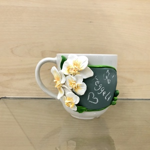 Orchidea bögre megújuló üzenettel , Esküvő, Nászajándék, Otthon & lakás, Egyéb, Gyurma, Különlegessége a gyönyörű orchideákon kívül, hogy bármikor új üzenet írható rá, egy szivacs segítség..., Meska