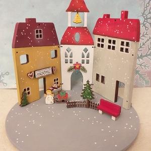 Karácsonyi fa dekoráció - három házikó II., Otthon & Lakás, Karácsony & Mikulás, Karácsonyi dekoráció, Festett tárgyak, Karácsonyi fa dekoráció, mely mécsestartóként is használható  ( csak ledes mécses !  ) A házikókat, ..., Meska