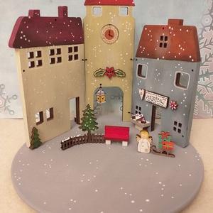 Karácsonyi fa dekoráció - három házikó IV., Otthon & Lakás, Karácsony & Mikulás, Karácsonyi dekoráció, Festett tárgyak, Karácsonyi fa dekoráció, mely mécsestartóként is használható  ( csak ledes mécses !  ) A házikókat, ..., Meska