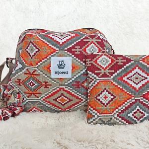 Bohém táska szett - válltáska + neszesszer + hajgumi, Táska & Tok, Kézitáska & válltáska, Válltáska, Varrás, Ez a mintás szett feldobhatja a hétköznapokat. :) \n\nA táska nagyon könnyű és puha.\nVállon hordható. ..., Meska
